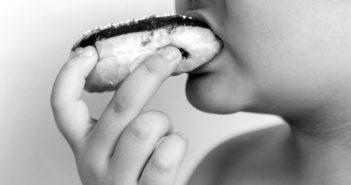 Übergewicht und Adipositas bzw. Fettleibigkeit im Negativ-Trend. © kwanchai.c / shutterstock.com