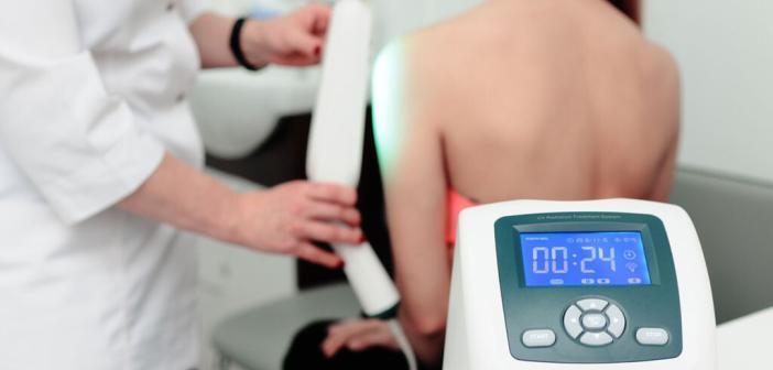 Phototherapie bei Psoriasis © Evgeniy Kalinovskiy / shutterstock.com