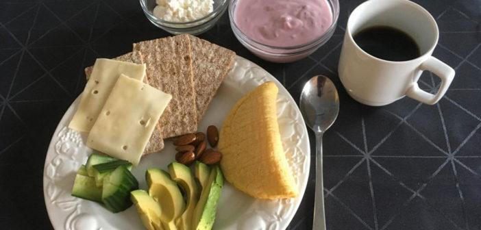 Ein Beispiel für eine Kohlenhydratreduzierte Ernährung und erhöhtem Eiweiß- und Fettgehalt. © Universität von Kopenhagen