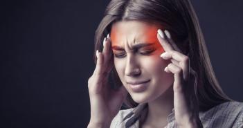 7 von 10 Menschen leiden Monat für Monat zumindest einmal gegen Kopfschmerzen. © Artem Furman / shutterstock.com