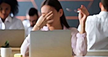 Migränepatienten sollten die Schmerzen nicht auf die leichte Schulter nehmen, sondern beim eine wirksame Behandlung suchen. © fizkes / shutterstock.com