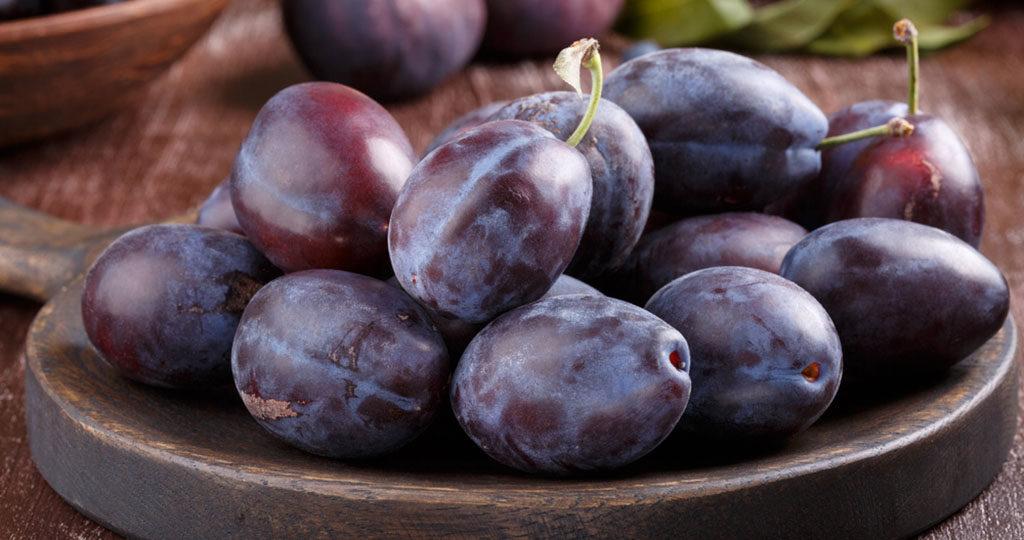 Zwetschgen (Zwetschken) fördern die Verdauung. © Geshas / shutterstock.com