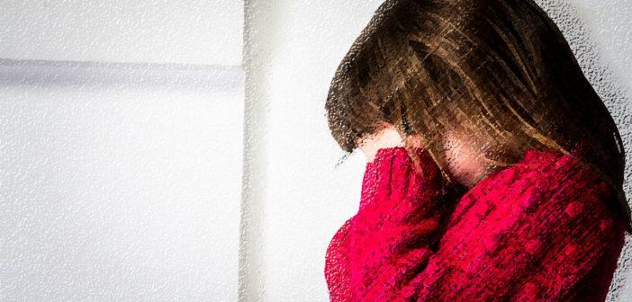 Auch Kinder können einen Schlaganfall, wobei die Symptome gar nicht plötzlich auftreten müssen. © AnnaAiva / shutterstock.com