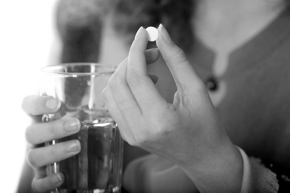 Schmerzmittel wie NSAR können Aspirin-Asthma und Analgetika-Asthma-Syndrom verursachen. © fizkes / shutterstock.com