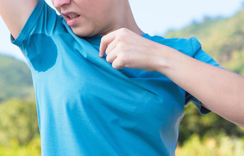 Übermässiges Schwitzen können oft mit hochwertigen Antitranspiranten effektiv begegnet werden. © EugeneEdge / shutterstock.com